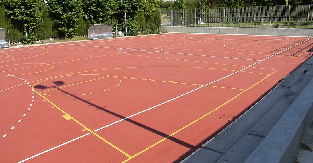 surfacing for multi use games area